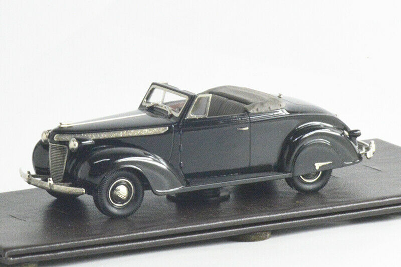 BROKLTD017 1937 CHRYSLER IMPERIAL C-14 2-DR CONVERTIBLE