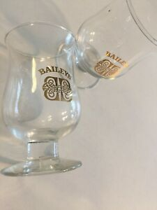 Vintage-Baileys-Irish-Cream-Logo-Footed-Cordial-Glasses-Shot-Glasses-Lot-of-2