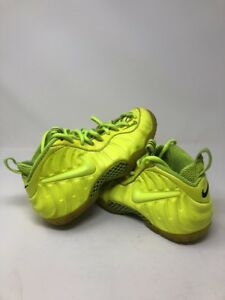 purchase cheap fd6c3 3a08e Image is loading Nike-Air-Foamposite-Pro-034-Volt-034-Size-
