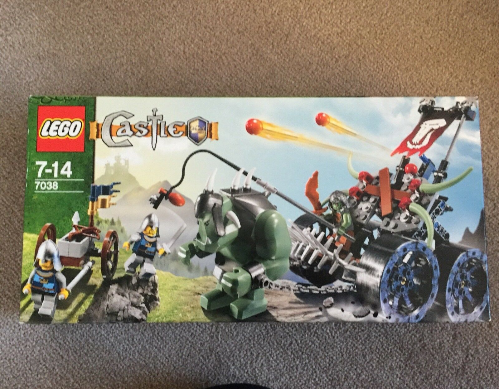 Limited New In Box Lego 7038 Troll Assault Wagon Fantasy Orc Castle Knight