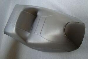Moto-Funda-de-Asiento-Honda-CN250-Helix-en-Gris