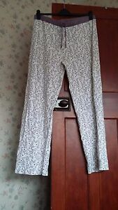C-amp-A-ladies-pyjama-bottoms-used-good-condition-size-XL