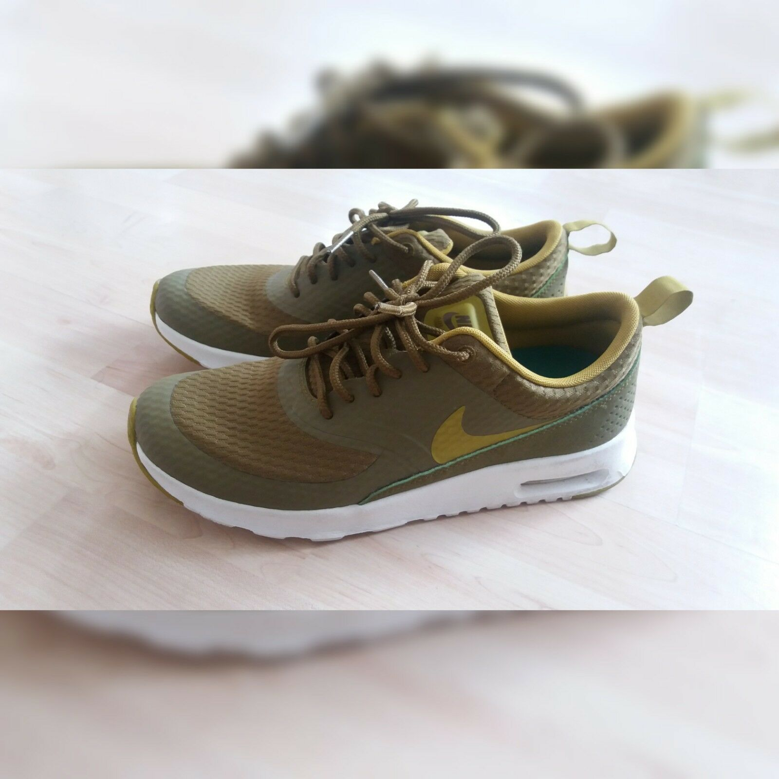 woman NIKE trainers Olive size 4UK Seasonal price cuts, discount benefits