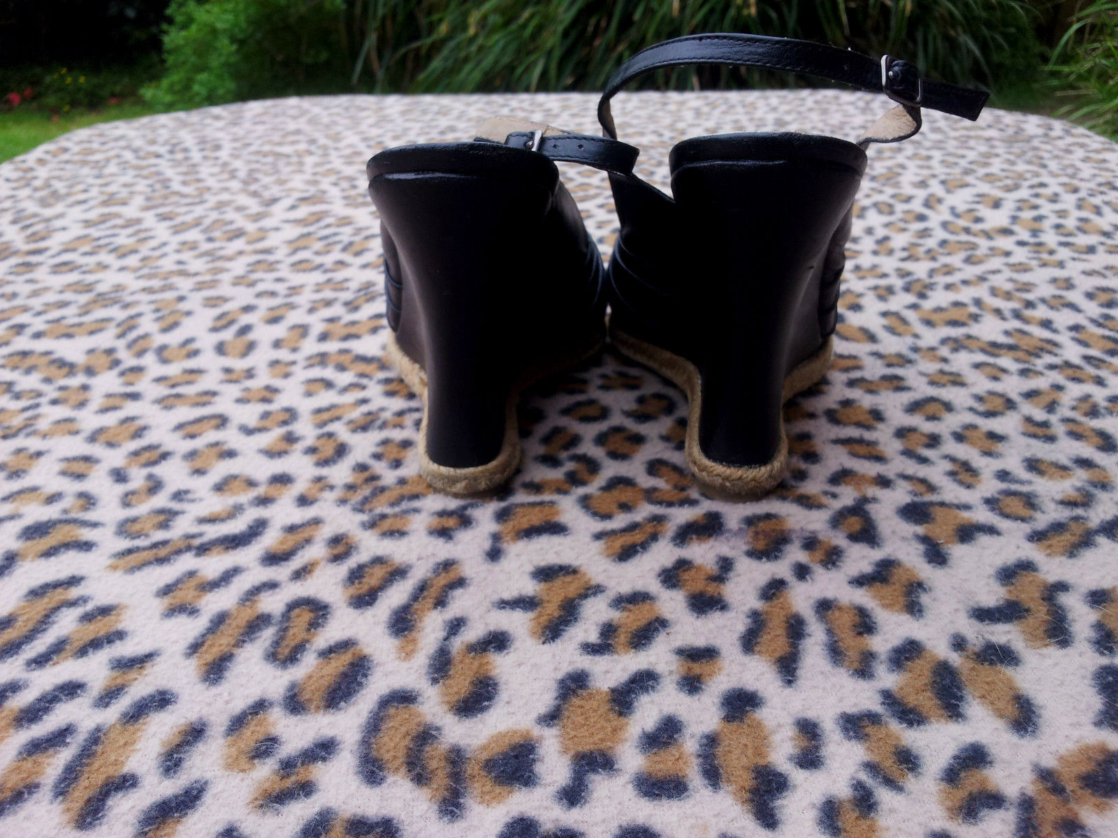 Kurt Geiger black leather high heeled sandals 7 EU size 40, UK 7 sandals d419c2