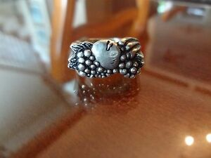 #41-VINTAGE STERLING SILVER FRUIT RING-SIZE-10 1/2--VERY OLD AND NICE DETAIL--