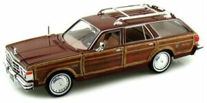 CHRYSLER LeBaron Town & Country - 1979 - brown - MotorMax 1:24