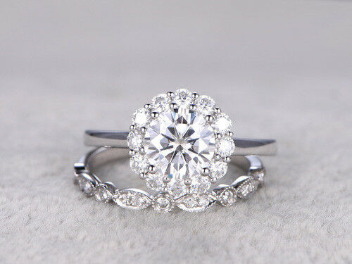 Certified 2.10ct Round Diamond Engagement Wedding Ring in Solid 14K White gold