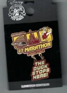 Disney-2004-Walt-Disney-World-Marathon-Donald-The-Duck-Stops-Here-Dangle-Pin-New