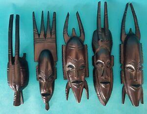 PEIGNES-DECORATIFS-AFRIQUE