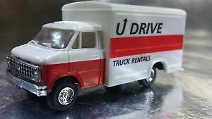 Trident-90122-U-Drive-Truck-Rentals-VAN-1-87-HO-Scale