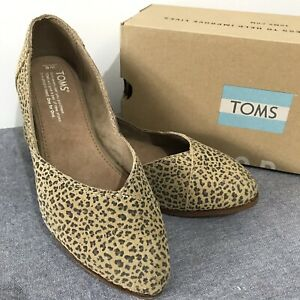 18749a77508 TOMS Jutti Flat Cheetah Suede Printed Women Shoes Size US AU 6 and ...