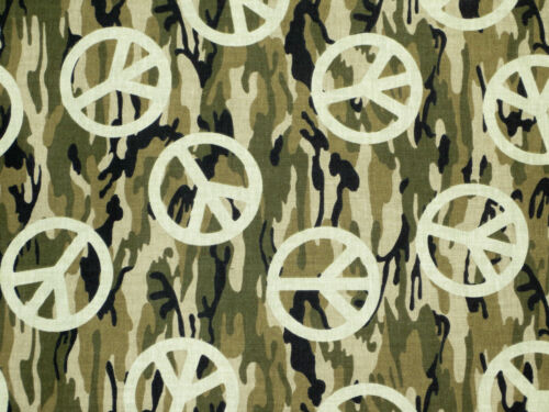 """CAMOUFLAGE CAMO w// PEACE SIGNS MILITARY 100/% COTTON FABRIC TRADITION 16/"""" REMNANT"""