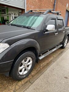034-Relisted-034-Nissan-Navara-2-5-dCi-Outlaw-Double-Cab-Pickup-4dr