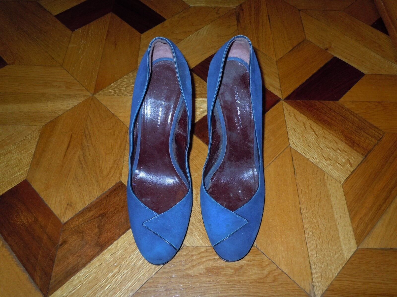 Lady's DKNY Blue Suede Leather Heels Size Shoes Made In Italy Size Heels 9 e37a2c