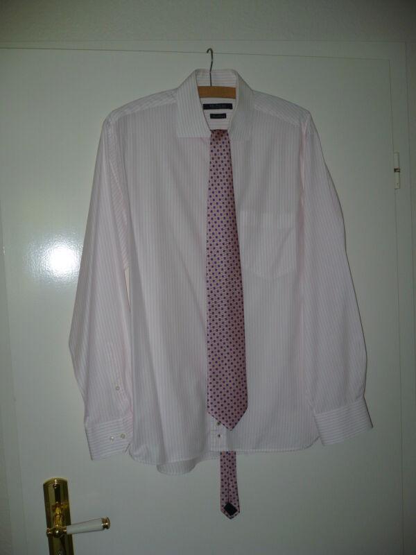 ** Klassisches Weisses Herrenhemd Mit Feinen Rosa Streifen Von Mc Neal Gr.42 **