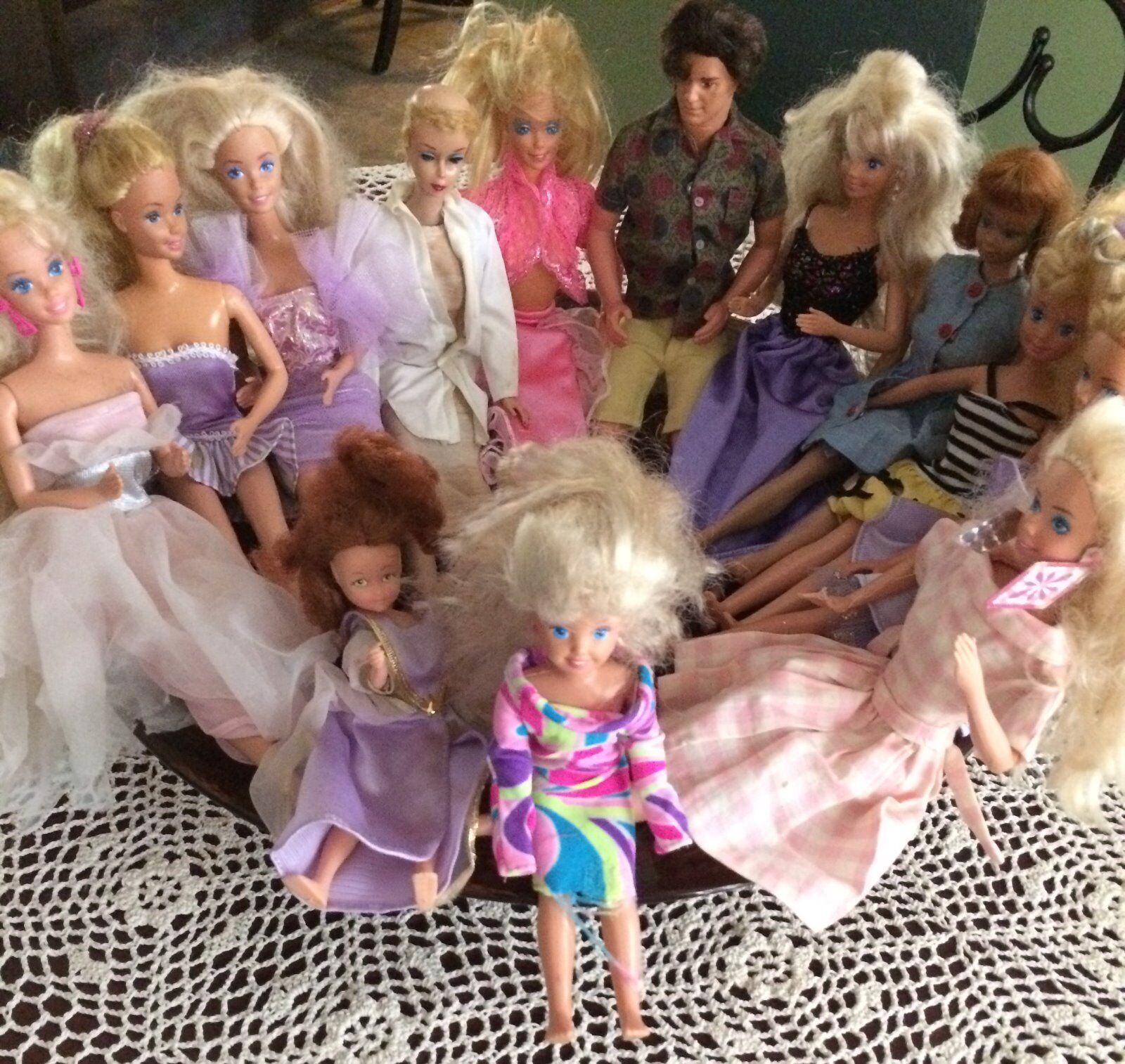 Barbie & Ken doll collection (1950-1980s) 13 dolls + clothes