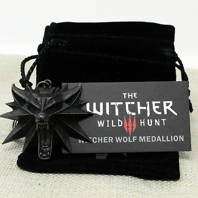 2019 Moda The Witcher 3 Wild Hunt Wolf Pendant Keychain Key Ring With Bag Uk Stock Funzionalità Eccezionali