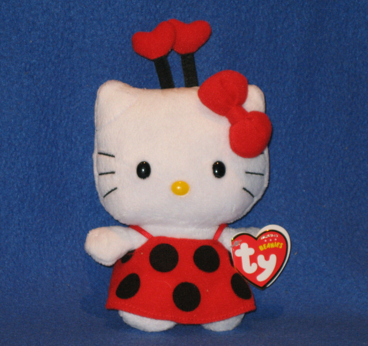 TY HELLO KITTY LADYBUG BEANIE BABY - NEW - MINT with MINT TAGS - UK EXCLUSIVE