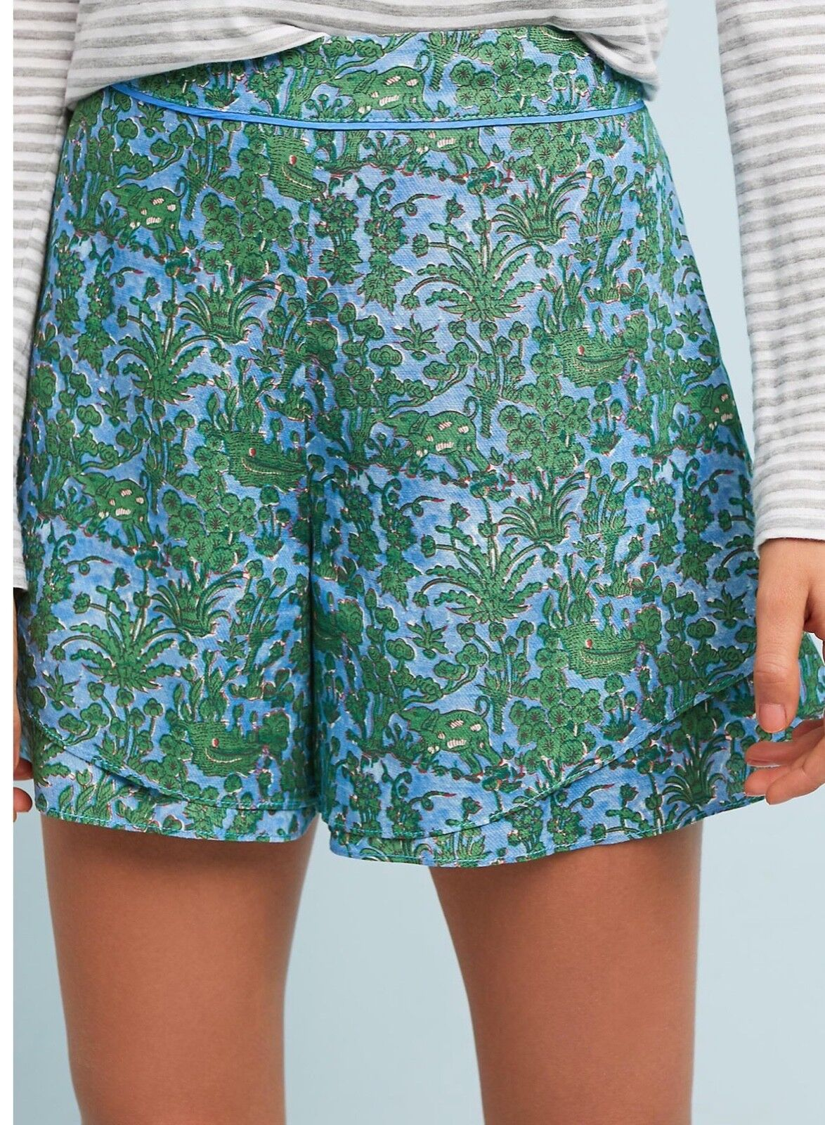 NWT in Bag Anthropologie  78 Simone Tiered Shorts Sz. M-Fast Shipping
