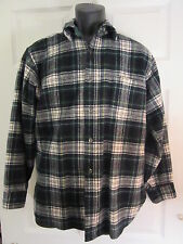 VINTAGE PENDLETON NAVY BLUE / GREEN PLAID WOOL BUTTON FRONT OUTDOOR SHIRT~MEDIUM