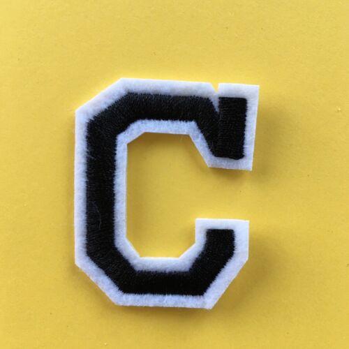 Letra del alfabeto C Bordado Parches Coser Hierro en apliques