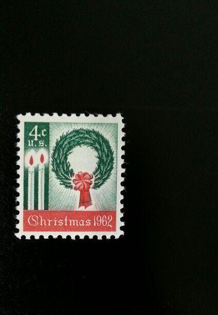 1962 4c Christmas Wreath & Candles Scott 1205 Mint F/VF