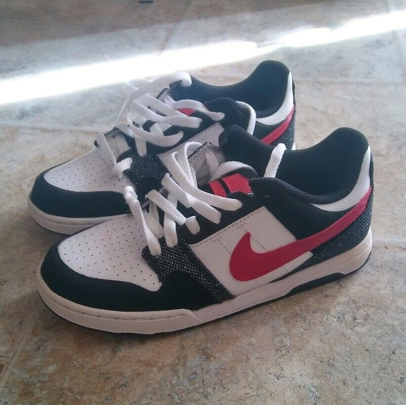 NEW! Nike perfect, 6.0 shoe! nearly perfect, Nike Youth Men's women's afc760