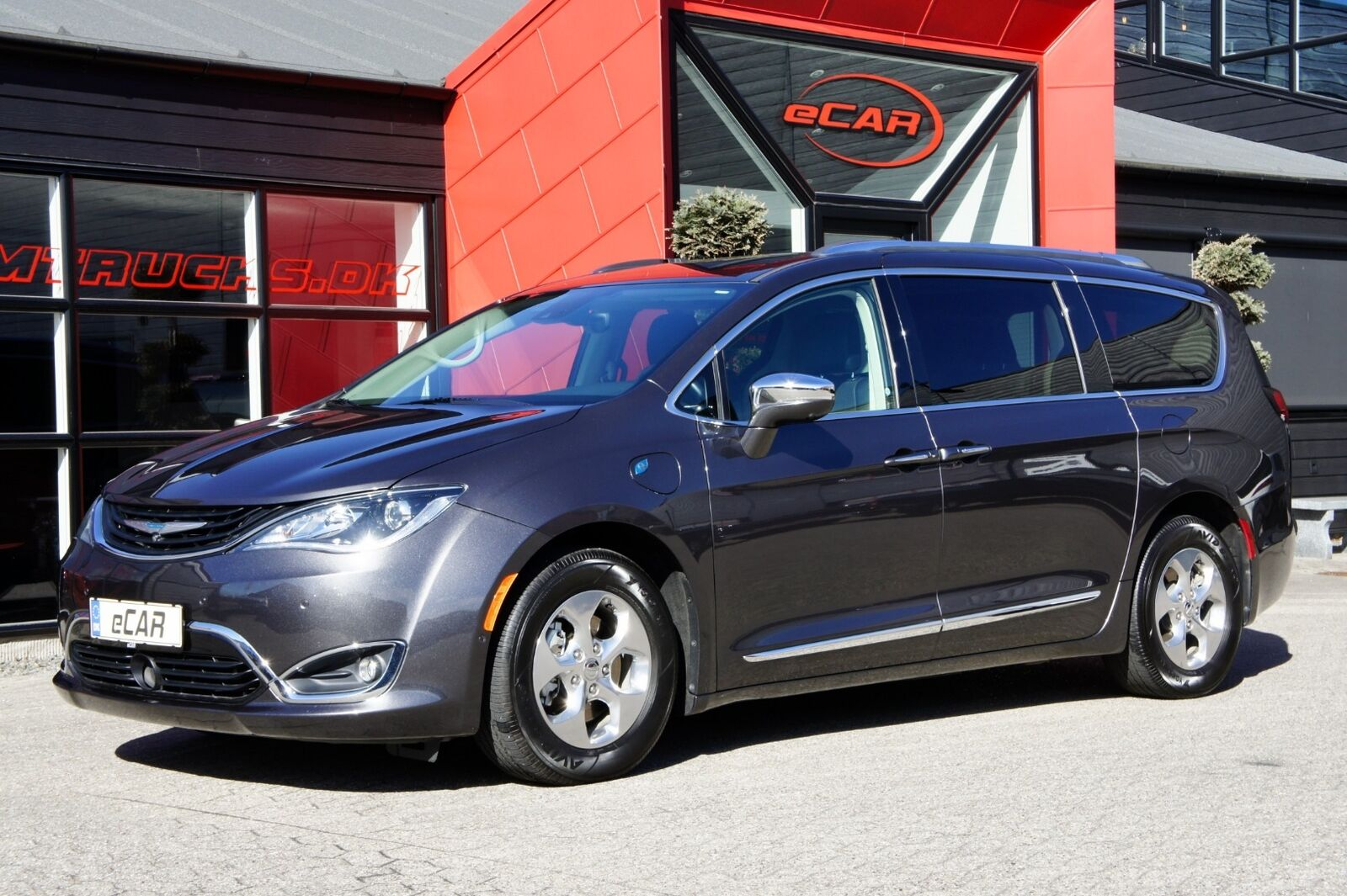 Chrysler Pacifica 3,6 Hybrid Limited aut. 5d - 4.949 kr.
