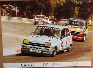 132 . 1 X Photo . Circuit De Pau . Renault . 1981 . 18 X 24 Cm . Convient Aux Hommes Et Aux Femmes De Tous âGes En Toutes Saisons