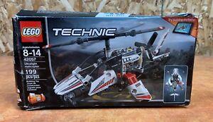 Lego-Technic-42057-Ultralight-Helicopter-NOB