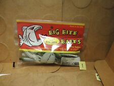 "Big Bite Baits 3/"" YoMama 10 Count Black w//Blue Flake New//Old Stock"