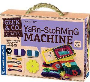 Thames and Kosmos 553006 Yarn-Storming Machine Craft Kit
