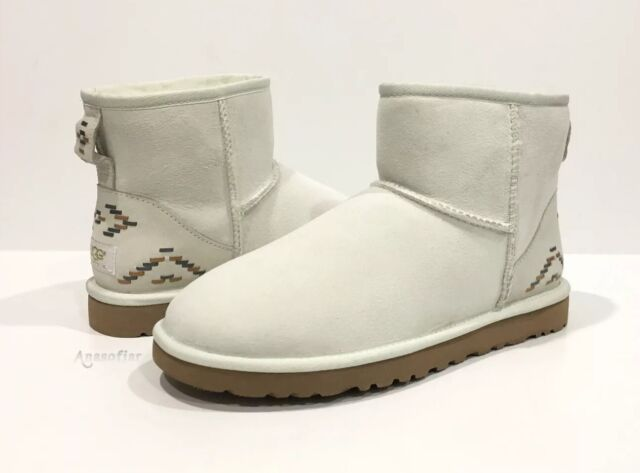 59775fb25c8 100 Authentic UGG Australia Women's Classic Mini Rustic Weave Size 9 in  Glacier