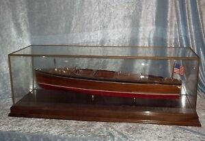 Cased-Model-Of-Chris-Craft-River-Launch-Quick-039-n-Easy
