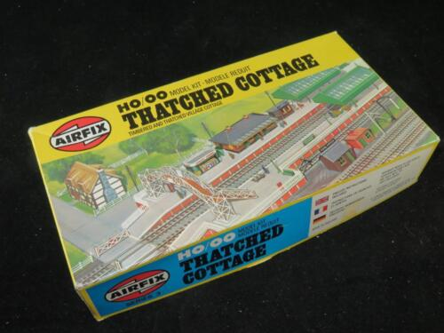 Airfix ho//oo model railway kit Straw Cottage Unassembled type 6 box
