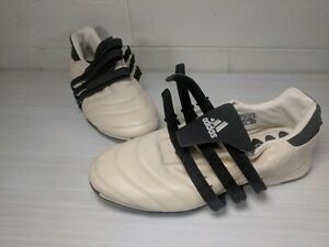 RARE-ADIDAS-Sala-Mens-Indoor-Soccer-Football-Cleats-w-Straps-Black-amp-White-sz-9