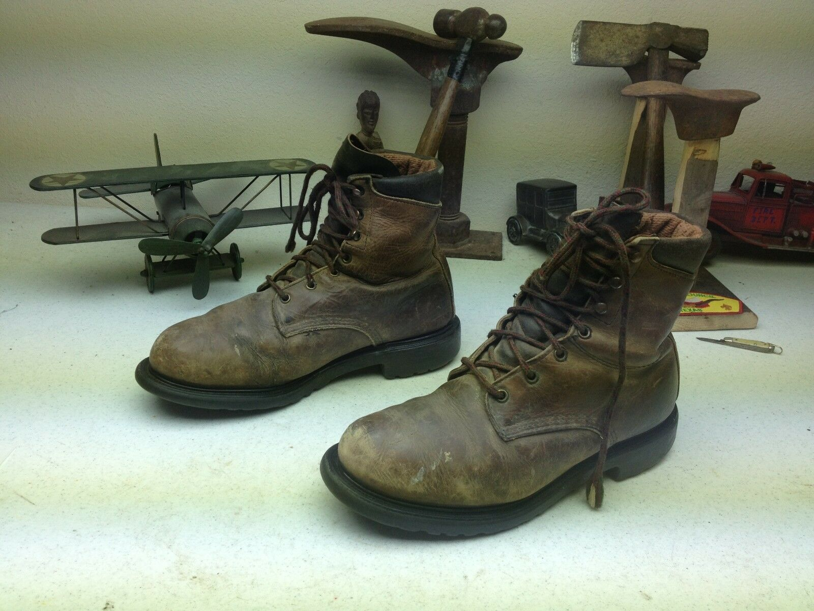 VINTAGE DISTRESSED RED WING MADE IN USA HUNTING WORK CHORE BOOTS SIZE 9 D