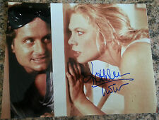 KATHLEEN TURNER 'ROMANCING THE STONE' 'WAR OF THE ROSES' SIGNED 8X10 PIC *COA 5