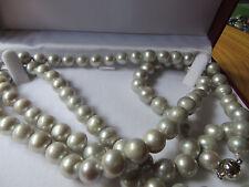 Gris/AA GRADO Akoya perlas, collar de 8 mm, broche de oro blanco/32 INS largo,