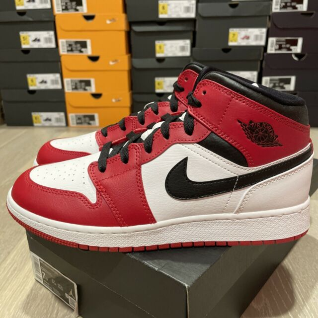 Jordan 1 Nike Air Mid GS Chicago Size 7y 554725-173 for sale ...
