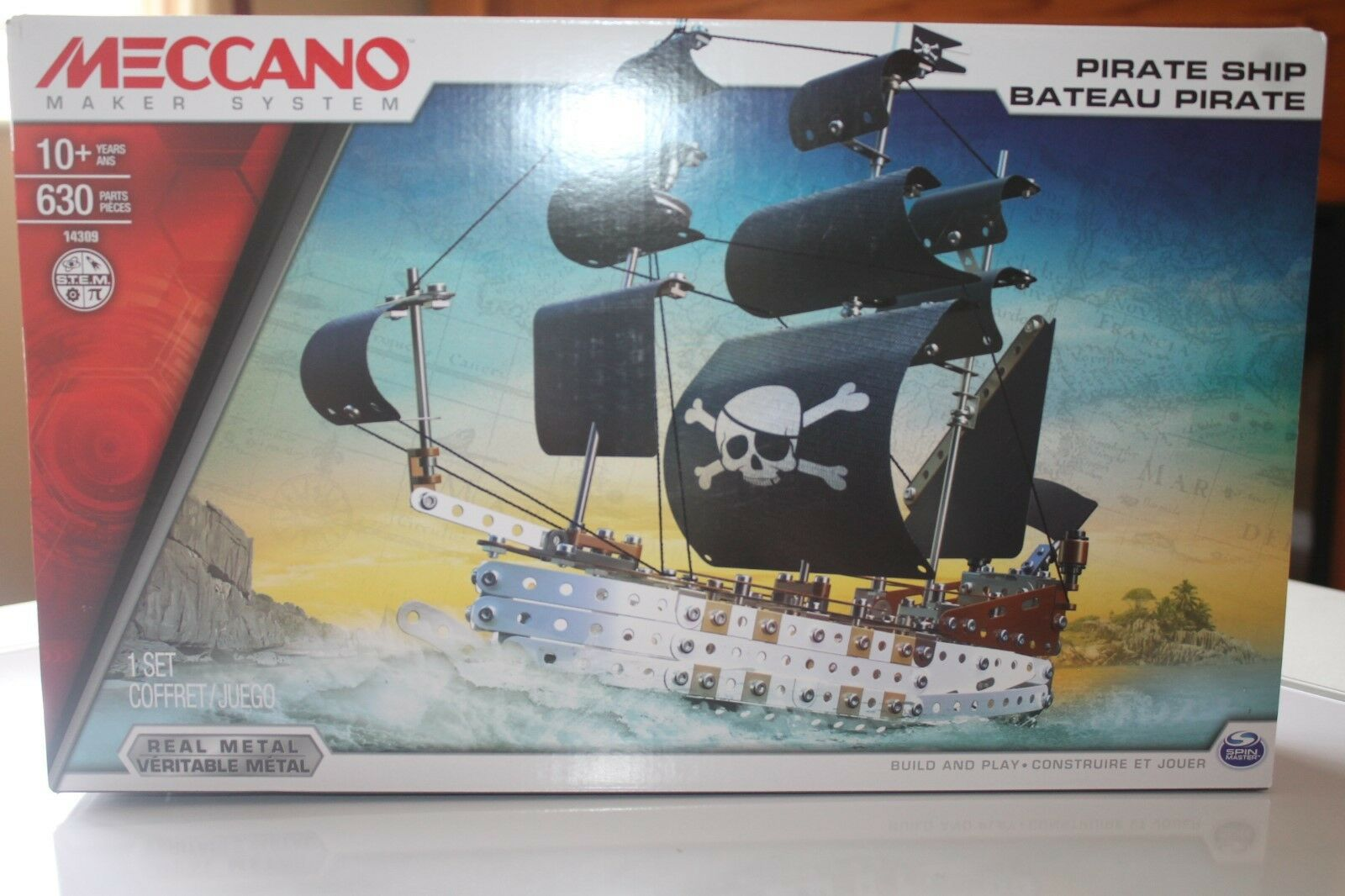 Meccano Pirate Ship, real real real metal 630 pieces ,ages 10 + New read 1ea119