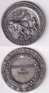 Frankfurt-am-Main-DLG-LEISTUNGSPRUFUNG-1955-GROSSER-PREIS-fuer-MILCH-Bauer-Ochse