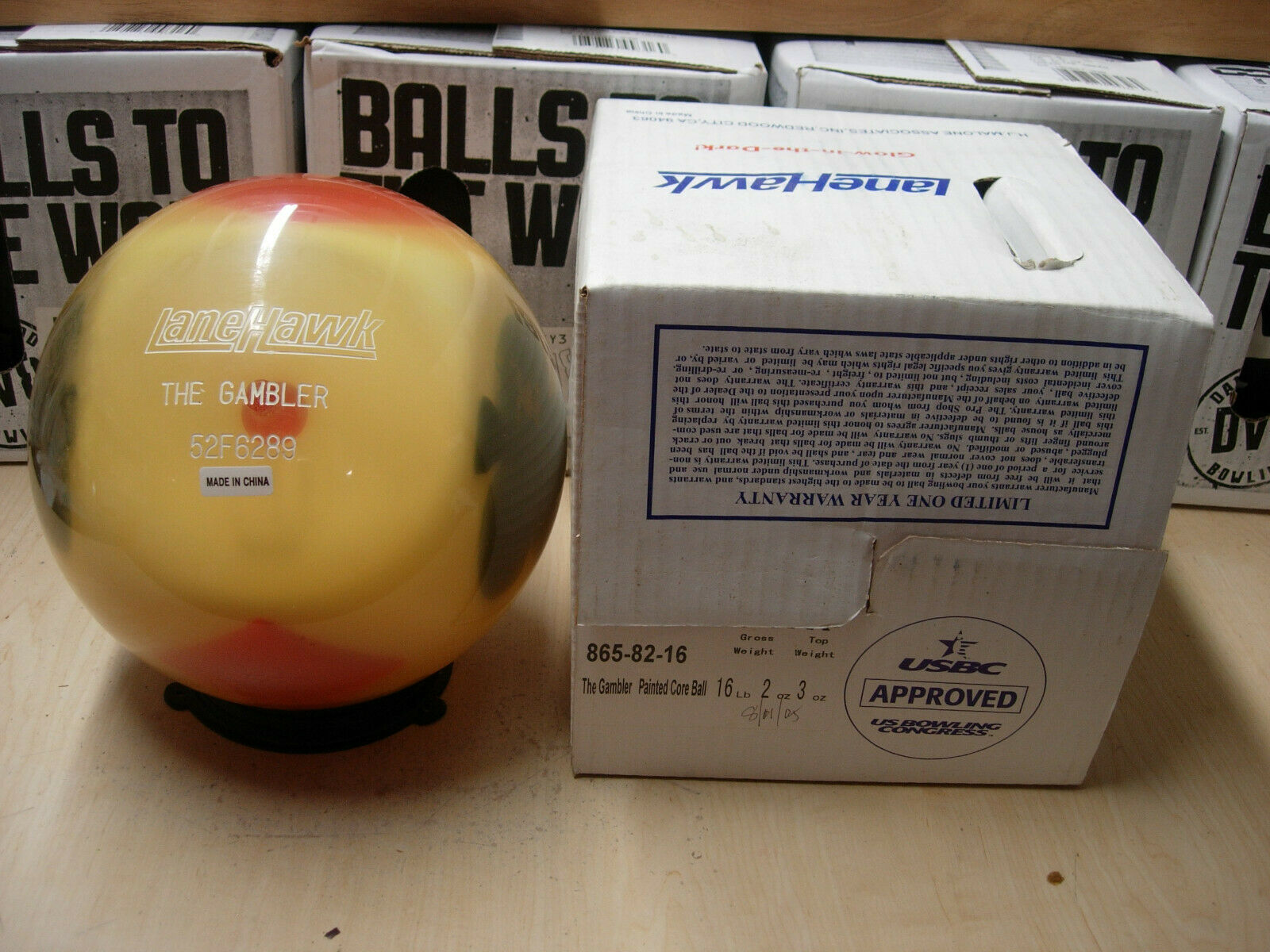 16oz TW 3 NIB Lanehawk GAMBLER Clear Bowling Ball Undrilled golden Yellow