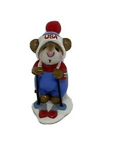 Wee Forest Folk Skier Mouse Blue USA Annette Peterson 1979