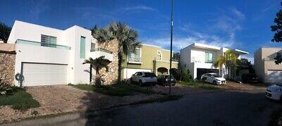 Casa en Venta en Algarrobos con PANELES SOLARES