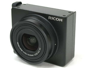 Ricoh-S10-24-72-mm-f-2-5-4-4-VC-Lens-Excellent-Condition