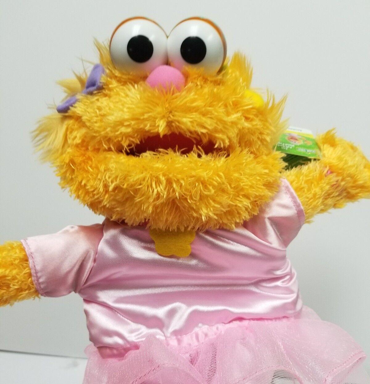 Gund Sesame Street Zoe Full Body Puppet RARE NWT