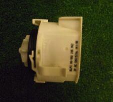 LAVASTOVIGLIE BOSCH SMS50E06GB/02 la pompa di scarico