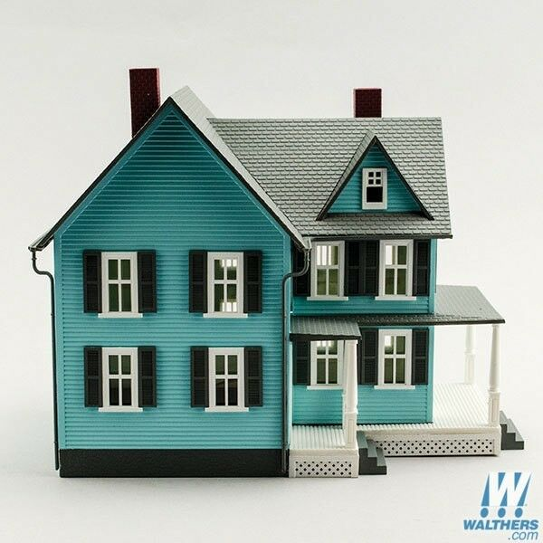 Model Power Built-Up Buildings Lighted w/Figures -- Grandma's Nuovo House