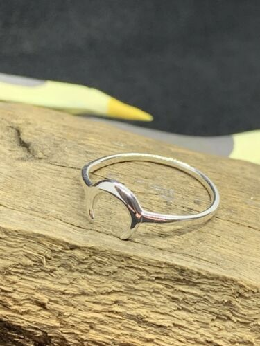 925 Sterling silver Crescent Moon Horn ring in Sizes L1//2 N1//2 P1//2